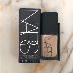 NARS SHEER GLOW FOUNDATION in Santa Fe, BRAND NEW